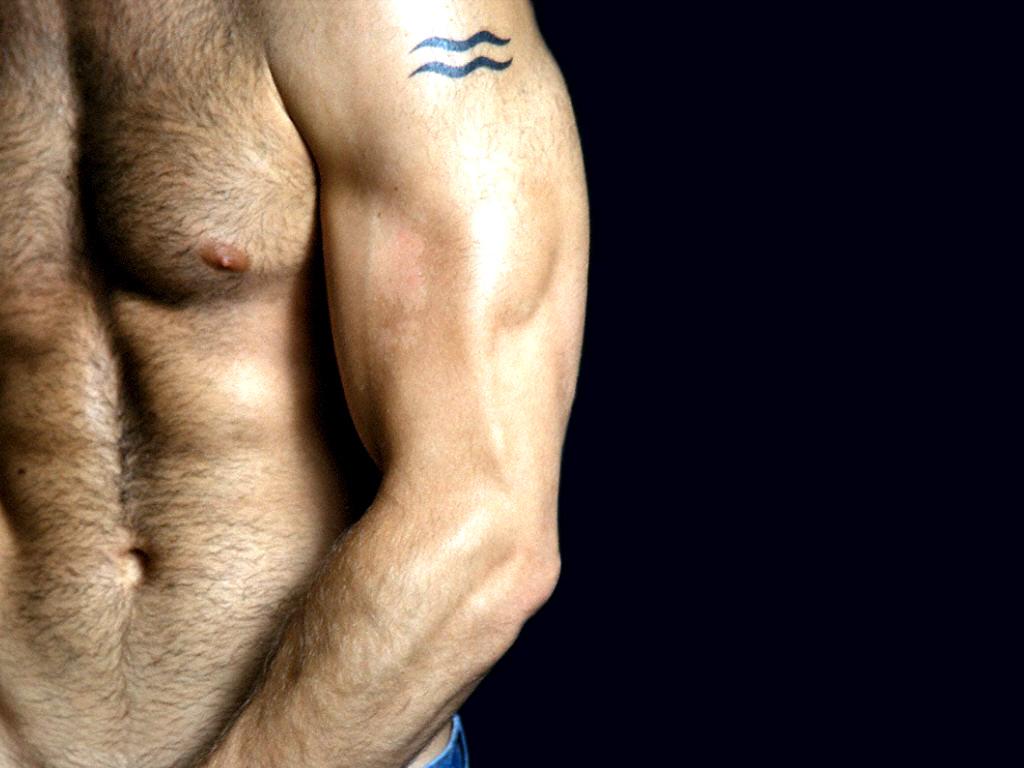 Татуировка на члене вызвала приапизм у иранца